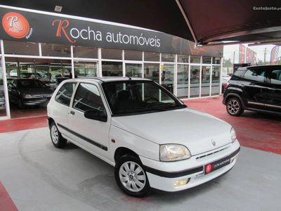 usado Renault Clio 1.9 65 cv