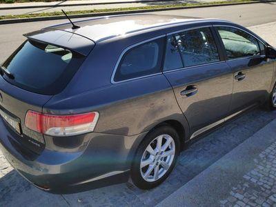 usado Toyota Avensis D-4D Pele GPS Nacional