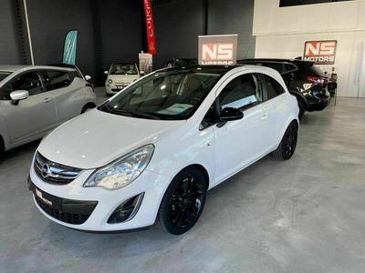 usado Opel Corsa STREET EDITION