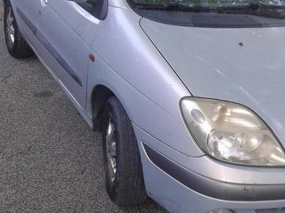 used Renault Scénic 1.9 dci