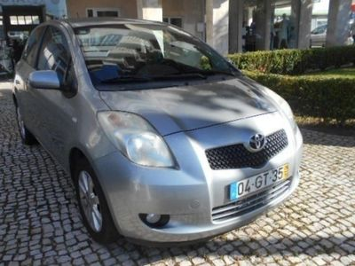 usado Toyota Yaris 1.0 VVT-i Rock in Rio 08 (69cv) (3p)