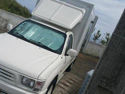 używany Toyota HiLux 2.4