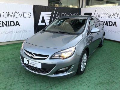 usado Opel Astra 1.6CDTI COSMO