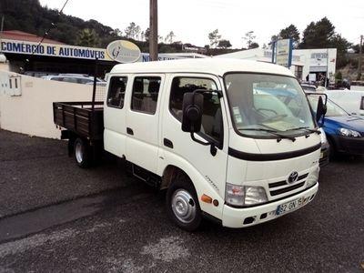 usado Toyota Dyna 3.0 D-4D tripla 9 lugares