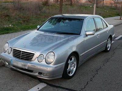 usado Mercedes E200 avagard