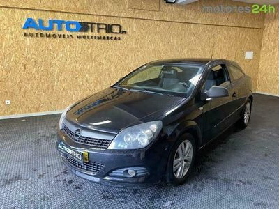 usado Opel Astra GTC 1.7CDTi