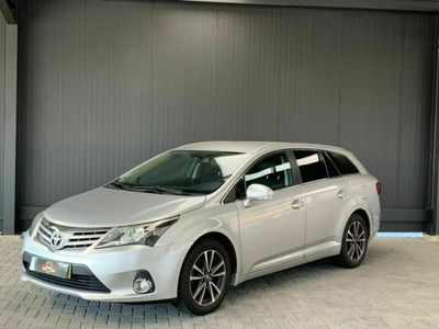 usado Toyota Avensis SD 2.0 D-4D Luxury+Navi