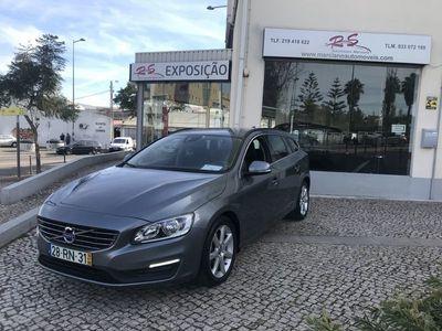 usado Volvo V60 2.0 D2 MOMENTUM GEARTRONIC