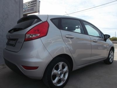 usado Ford Fiesta 1.25 Trend (5p) (80 cv)