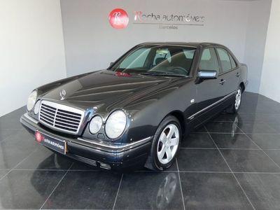 """usado Mercedes E200 Elegance 2.0 90cv """"Como Nova"""""""