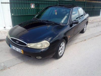 brugt Ford Mondeo 1.8 TD ghia