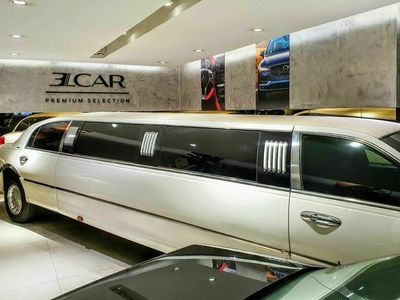 usado Lincoln Town Car Royale LimousineExecutive Series