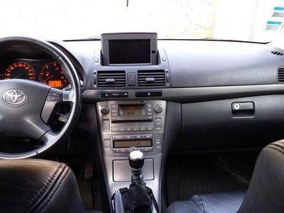 usado Toyota Avensis 2.2 150 CV -