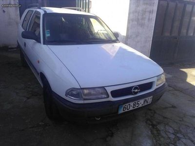 usado Opel Astra 1.7TD