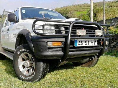 usado Mitsubishi L200 2.5td