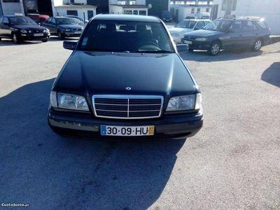 usado Mercedes C200 CLASSIC 88CV 2799EUR -