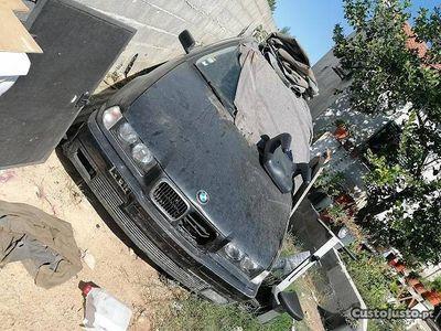 usado BMW 325 325 berlina tds .