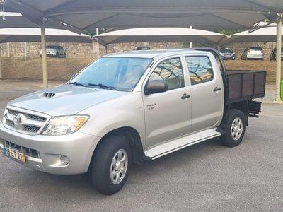 usado Toyota HiLux 2.5 D-4D 4WD Nacional