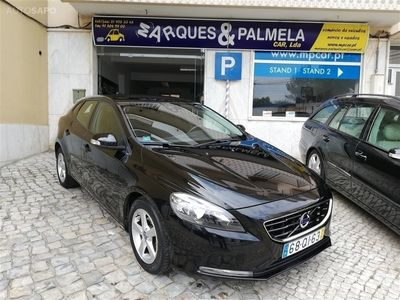 usado Volvo V40 2.0 D2 Kinetic Eco (120cv) (5p)