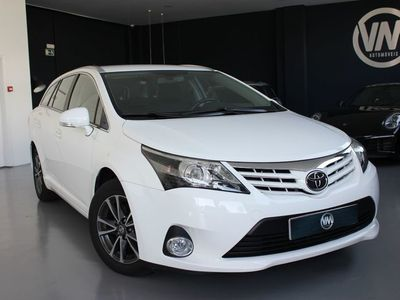 usado Toyota Avensis 2.0 D4D Exclusive