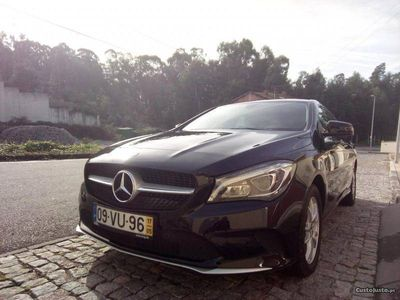 used Mercedes CLA180 Shooting Brake Com Garantia