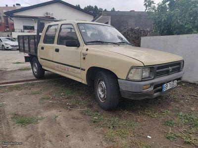 usado Toyota HiLux 2.4 d cabine dupla