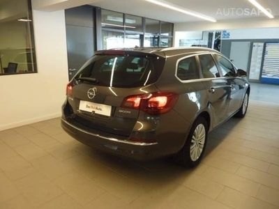 usado Opel Astra 1.6 CDTi Cosmo S/S