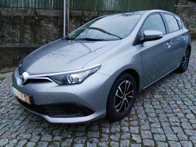 usado Toyota Auris 1.4 D4D active