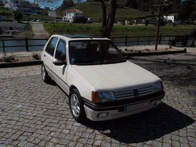usado Peugeot 205 SR