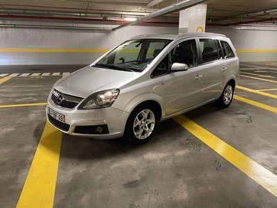 usado Opel Zafira 1.9 CDTi Cosmo 150cv