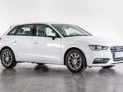 usado Audi A3 1.6 TDi Attraction