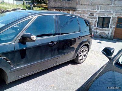 usado Ford S-MAX 2000 140cv