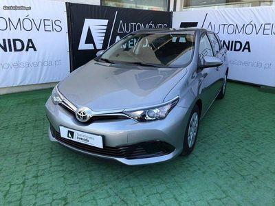 usado Toyota Auris 1.4D4D