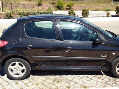 used Peugeot 206 1.1look AC 5 portas