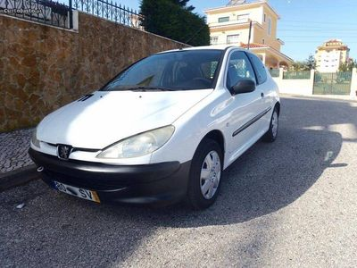 usado Peugeot 206 1.9D - Bom Estado