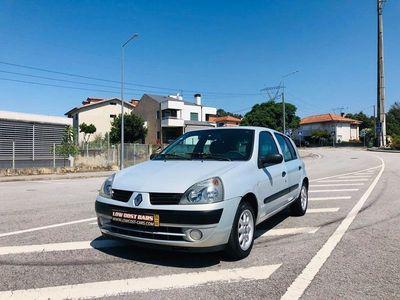usado Renault Clio 1.2 16V Confort Privilège