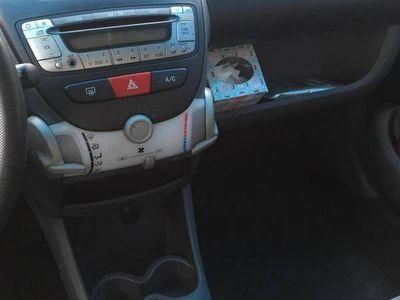 usado Peugeot 107 Trendy 1.0 -
