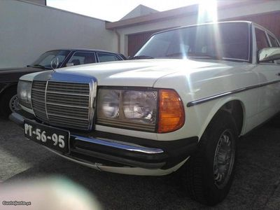 usado Mercedes E240 W123