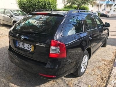 usado Skoda Octavia Break 1.6 TDI GREENLINE 107Gr