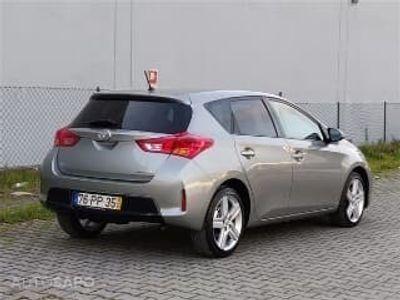 usado Toyota Auris 1.4 D-4D Comfort (90cv) (5p)