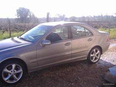usado Mercedes C200 5 portas