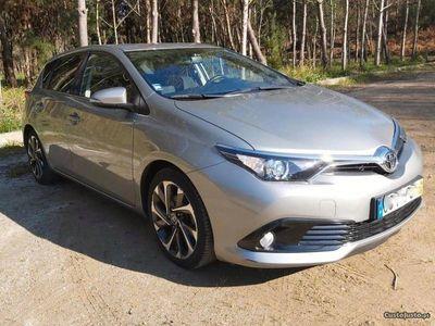 usado Toyota Auris 1.4 D4D Sport