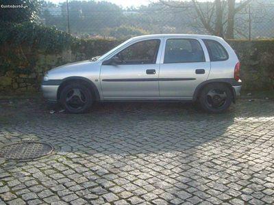 usado Opel Corsa CorsaB 1.5 TD ISUZU -