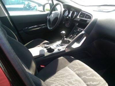 usado Peugeot 3008 1.6 HDI 112 CV GPS
