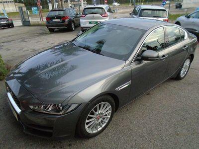 usado Jaguar XE 2.0D PURE