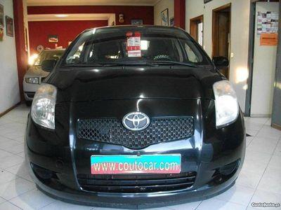 usado Toyota Yaris 1.0 -