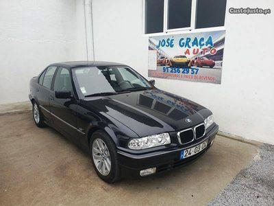 usado BMW 318 is 140cv 07/1994