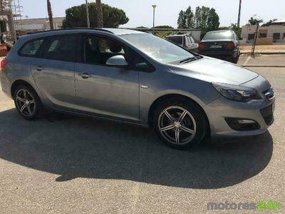 usado Opel Astra ST 1.3 CDTi Executive S/S