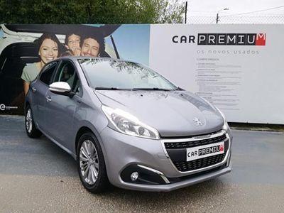 usado Peugeot 208 Signature 1.2 PureTech