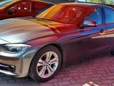 usado BMW 318 Line Sport Automatico